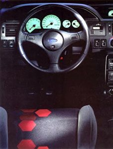 ford-escort-rs-cosworth-14