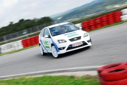 ford-focus-st-225-wrc-edition-2-7