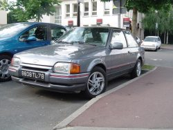 Ford Escort XR3i - Essai