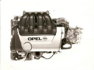opel-corsa-b-gsi-10