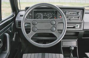 volkswagen-golf-1-gti-1800-pirelli-5