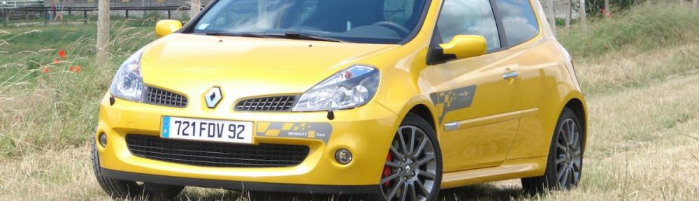 renault-clio-3-rs-f1-team-r27-59