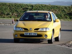 renault-megane-coupe-16v-monte-carlo-14