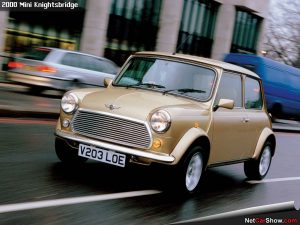 Mini-Knightsbridge-2000-1600-02