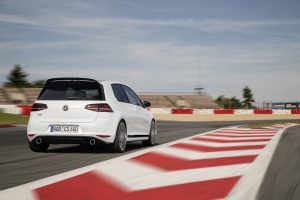 volkswagen-golf-7-gti-club-sport-19