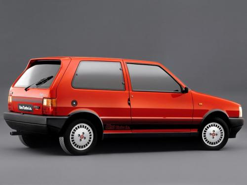 fiat-uno-turbo-ie-1