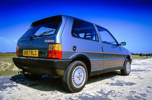 fiat-uno-turbo-ie-15