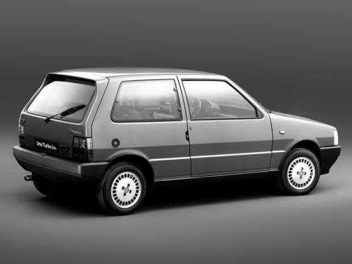 fiat-uno-turbo-ie-9