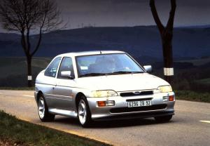 ford-escort-rs-cosworth-1