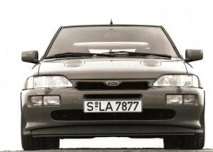 ford-escort-rs-cosworth-8