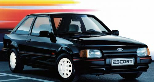 ford-escort-xr3i-phase2-19