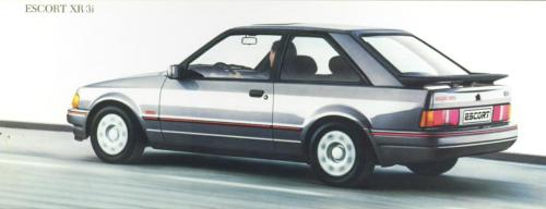ford-escort-xr3i-phase2-21