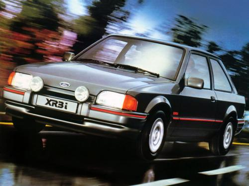 ford-escort-xr3i-phase2-5
