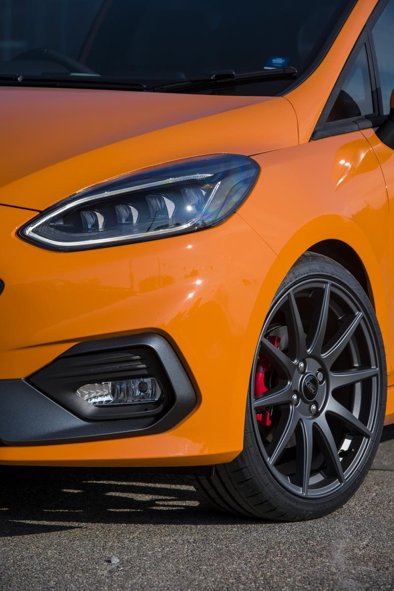 ford-fiesta-st-performance-edition-mk8-2019-1
