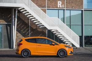 ford-fiesta-st-performance-edition-mk8-2019-6
