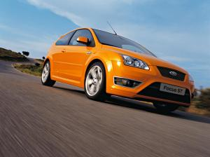 ford-focus-st-225-10