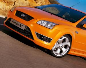 ford-focus-st-225-12