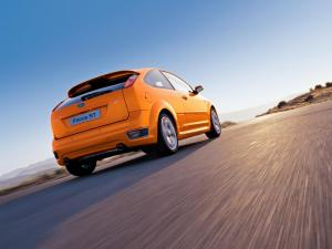 ford-focus-st-225-14