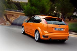 ford-focus-st-225-15