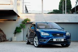 ford-focus-st-225-23
