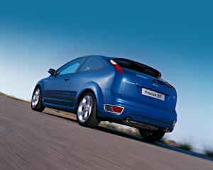 ford-focus-st-225-26