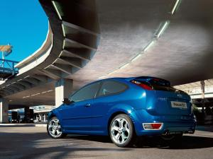 ford-focus-st-225-27