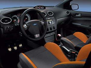 ford-focus-st-225-36