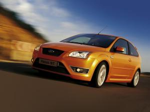 ford-focus-st-225-47