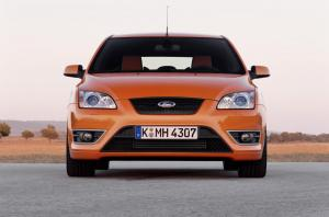 ford-focus-st-225-50