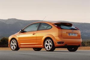 ford-focus-st-225-53