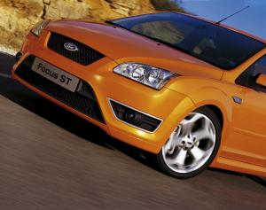 ford-focus-st-225-57