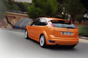 ford-focus-st-225-60