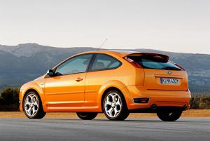 ford-focus-st-225-7