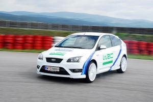 ford-focus-st-225-wrc-edition-2-3