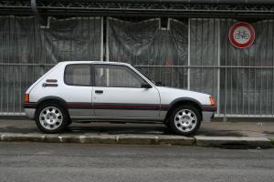 peugeot-205gti-1.9-1988-10