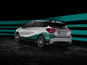 Mercedes-Benz-A45-AMG-MERCEDES-AMG-PETRONAS-2015-World-Champion-Edition-W176-4