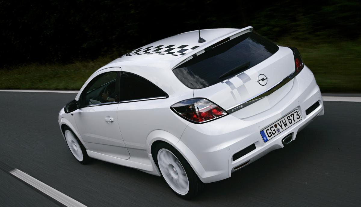 opel-astra-h-gtc-opc-nurburgring-edition-4
