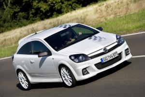 opel-astra-h-gtc-opc-nurburgring-edition-1