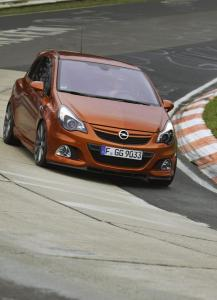 opel-corsa-opc-nurburgring-edition-3