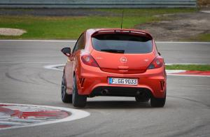 opel-corsa-opc-nurburgring-edition-6