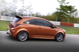 opel-corsa-opc-nurburgring-edition-8