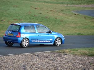 renault-clio2-rs-team-16