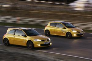 renault-clio-3-rs-f1-team-r27-19