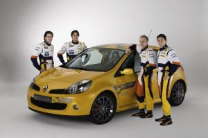 renault-clio-3-rs-f1-team-r27-2