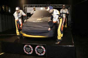 renault-clio-3-rs-f1-team-r27-26
