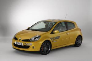 renault-clio-3-rs-f1-team-r27-5