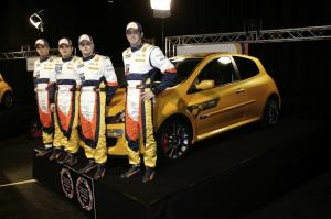 renault-clio-3-rs-f1-team-r27-7
