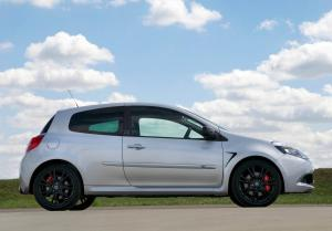 renault-clio-3-rs-fl-silverstone-edition-3