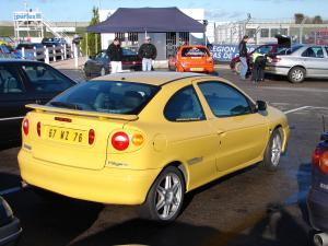 renault-megane-coupe-16v-monte-carlo-7
