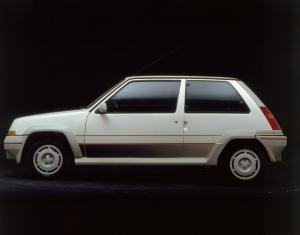 renault-supercinq-gt-turbo-1
